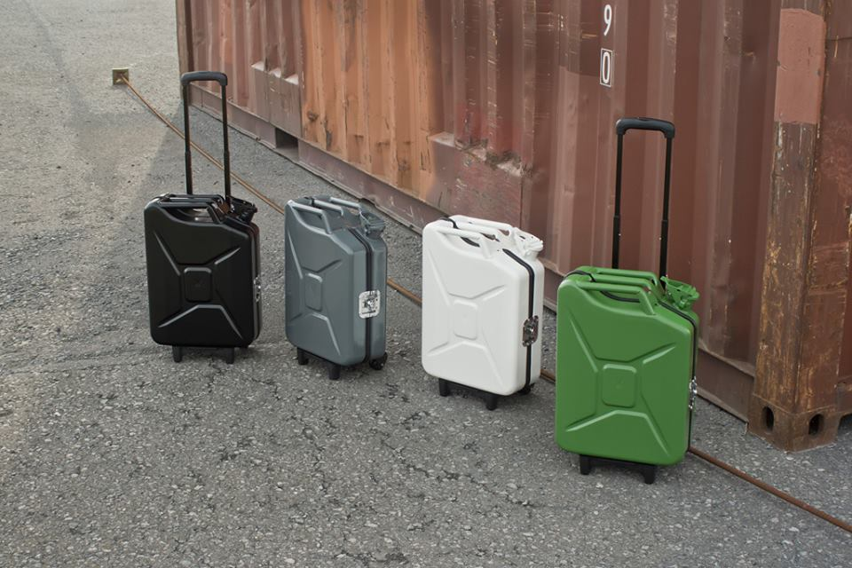 you-can-t-go-wrong-with-these-travel-trolleys-shaped-like-jerry-cans-photo-gallery-100476_1